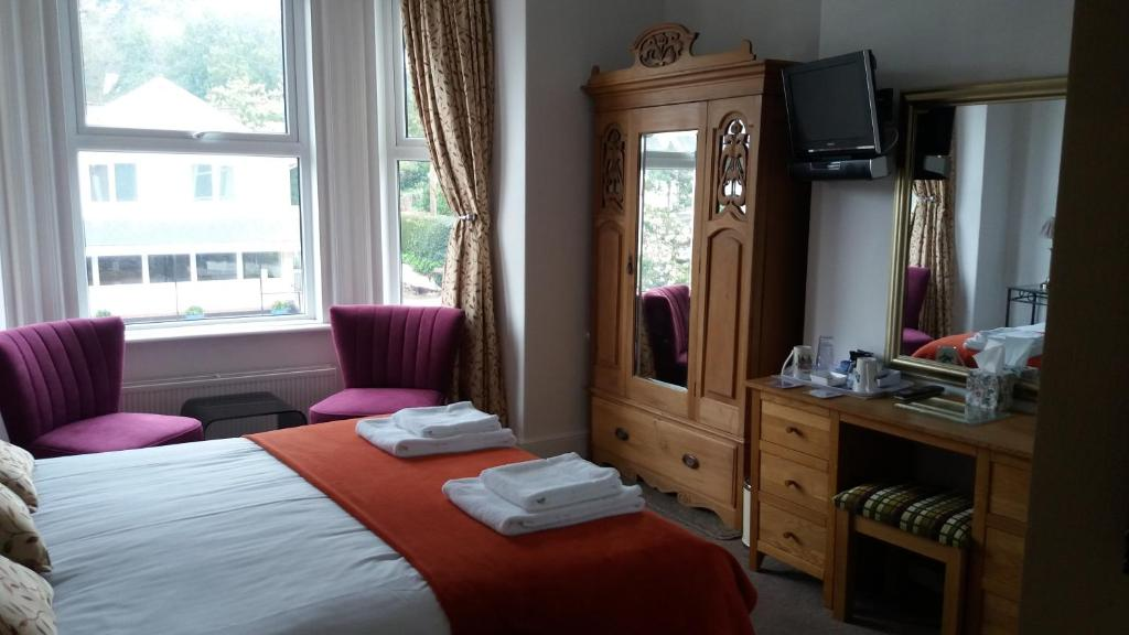 The Groveside Guest House in Sidmouth, Devon, England