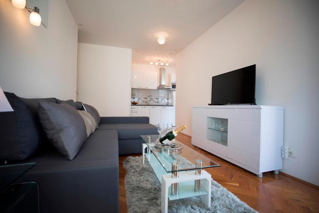 Lux Split Apartments