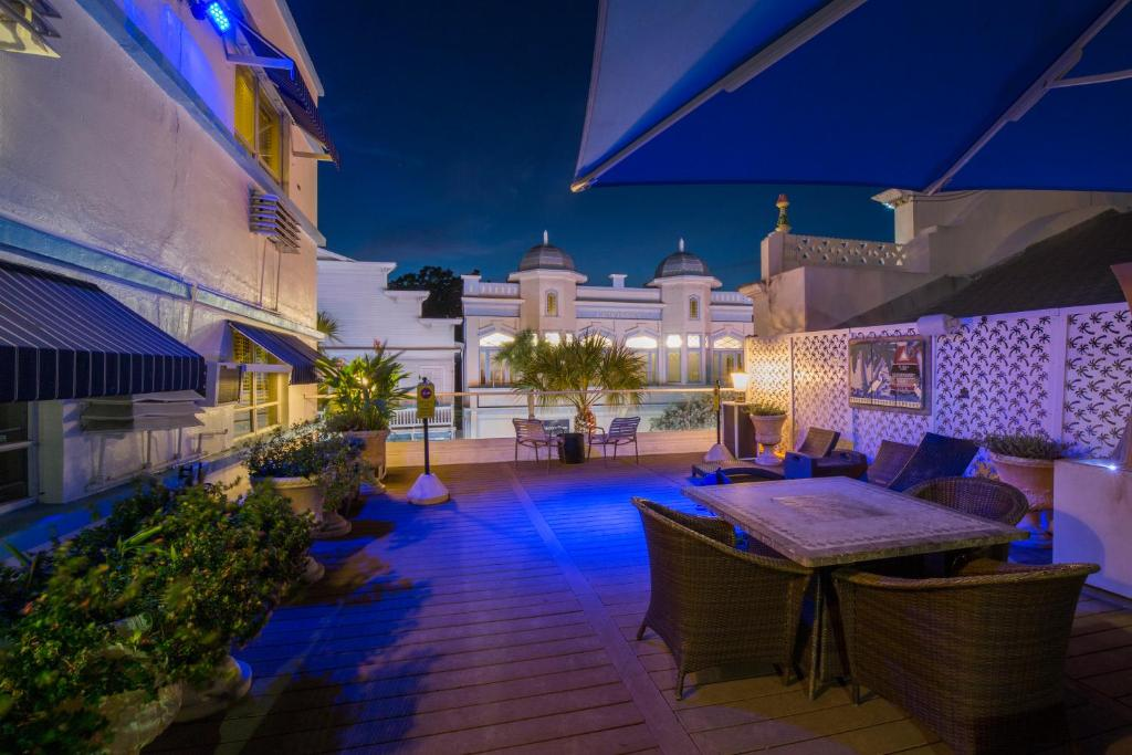 A piscina localizada em Pegasus International Hotel ou nos arredores