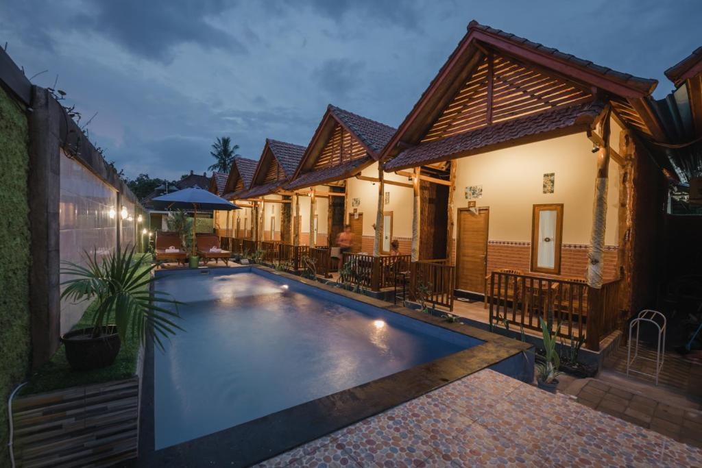 The swimming pool at or close to Myart Homestay