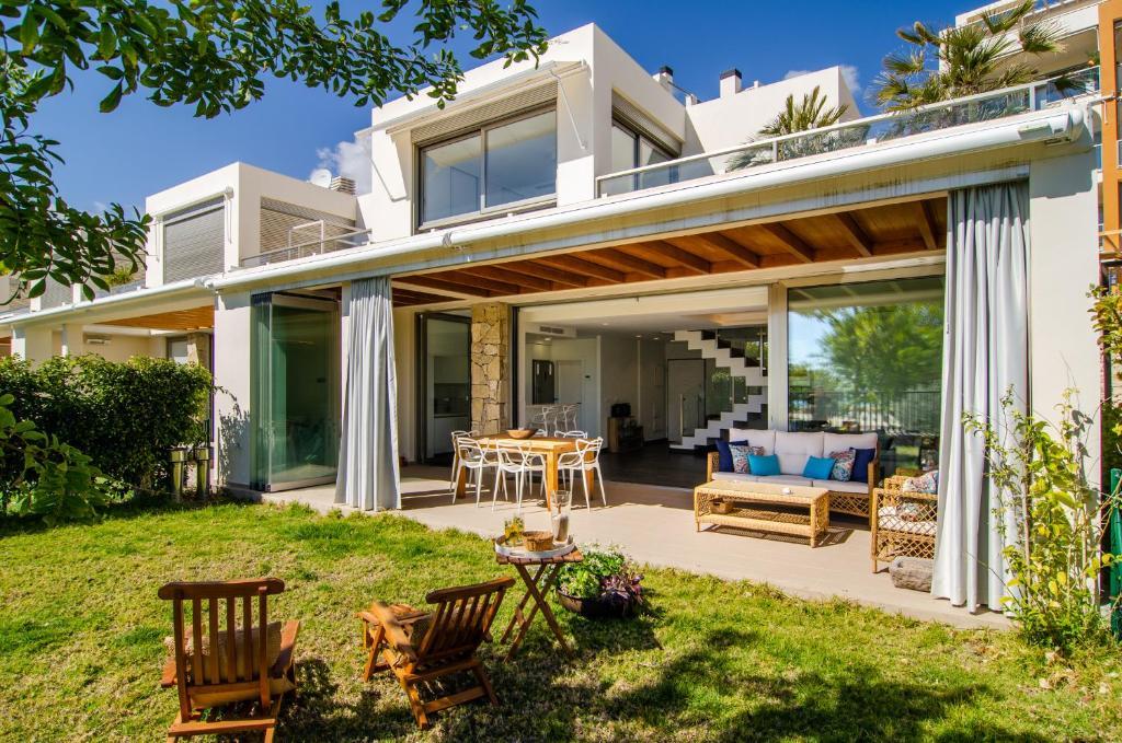 Villa Luxe primera linea de playa, Villajoyosa – Updated ...