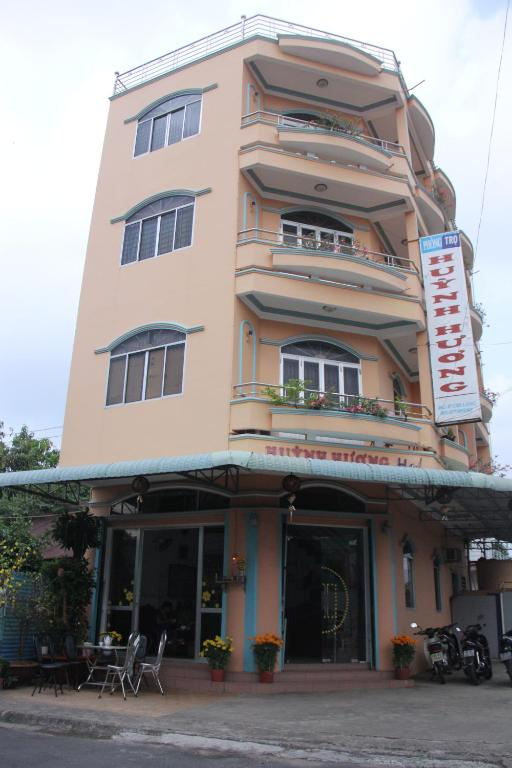 Huỳnh Hương Guesthouse