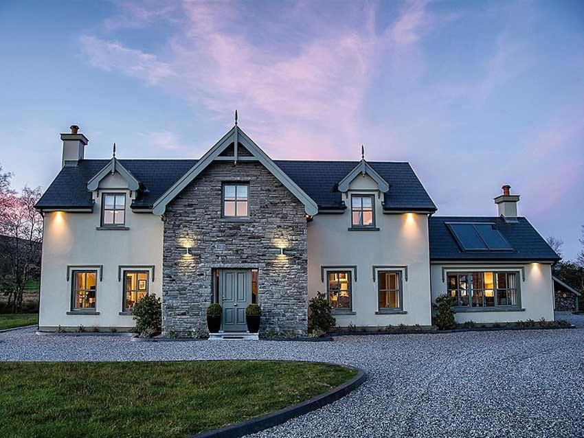 The Lodge, Kenmare, Ireland - brighten-up.uk