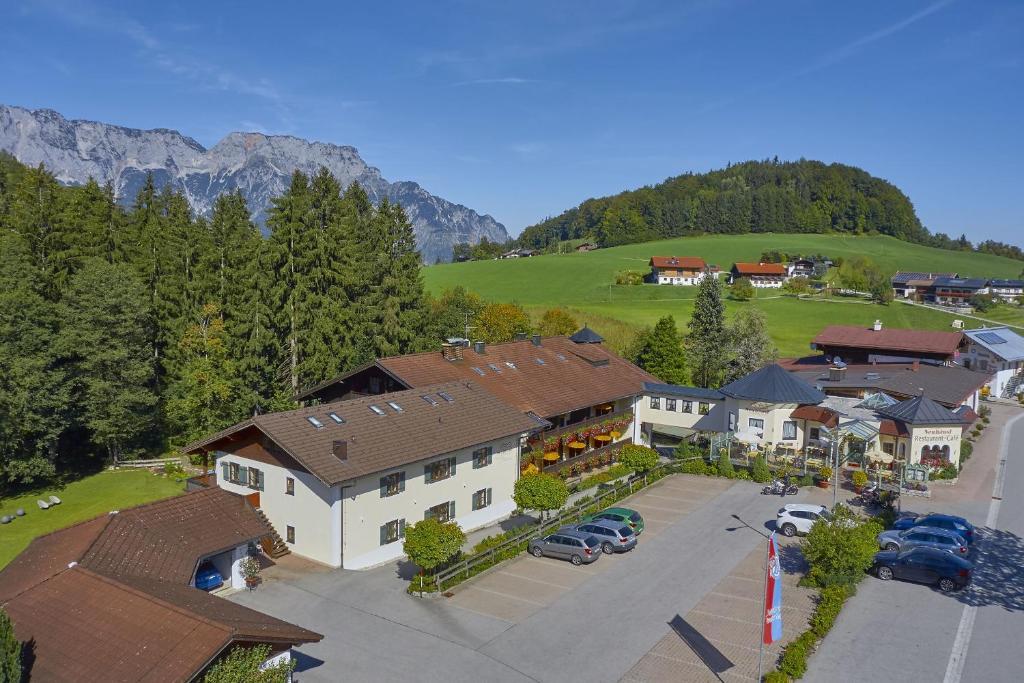 Blick auf Hotel Neuhäusl Superior aus der Vogelperspektive