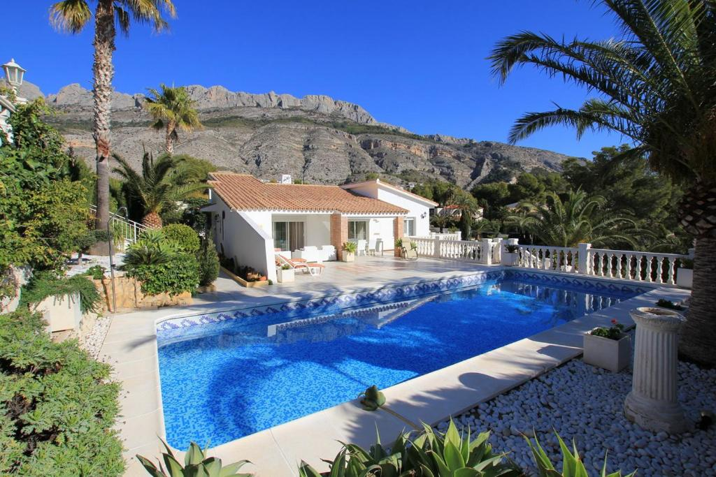 Villa en Sierra de Altea, Altea – Updated 2019 Prices