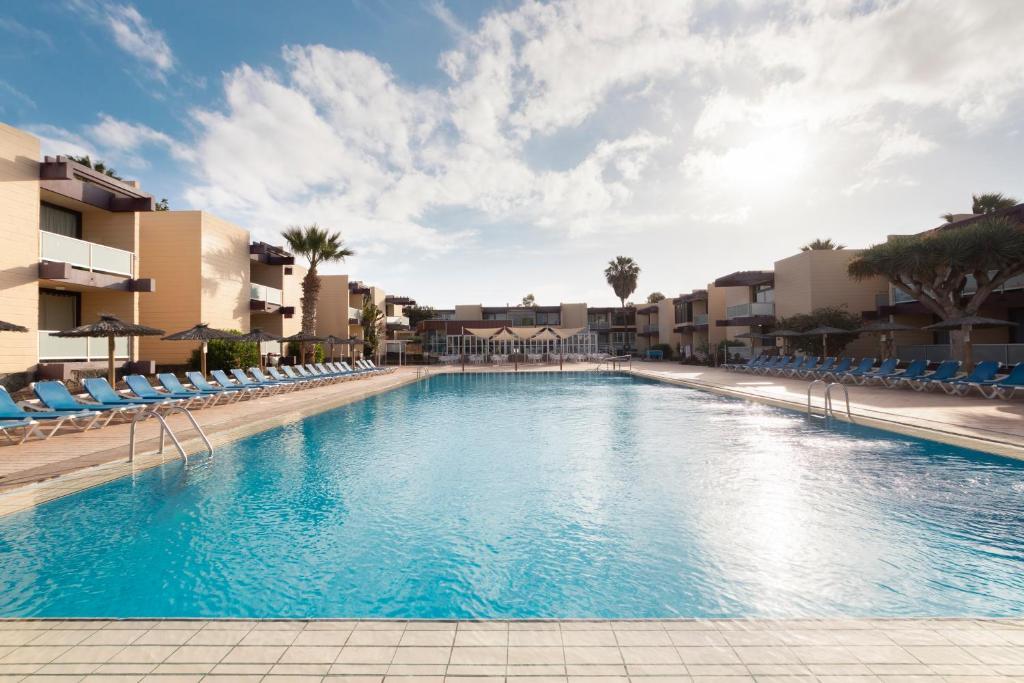 Het zwembad bij of vlak bij Hotel Palia Don Pedro