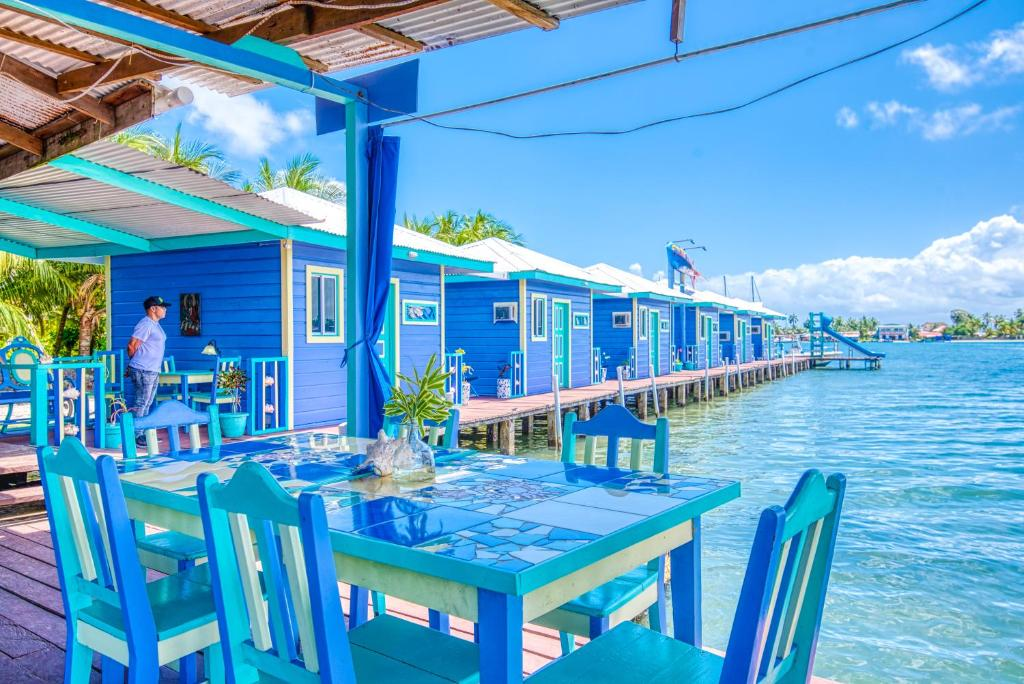 Cosmic Crab Resort at Careening Cay, Carenero – Precios ...