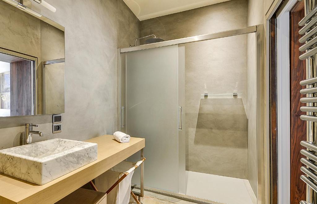 Appartement deux chambres deux salles de bain Hotel de ...