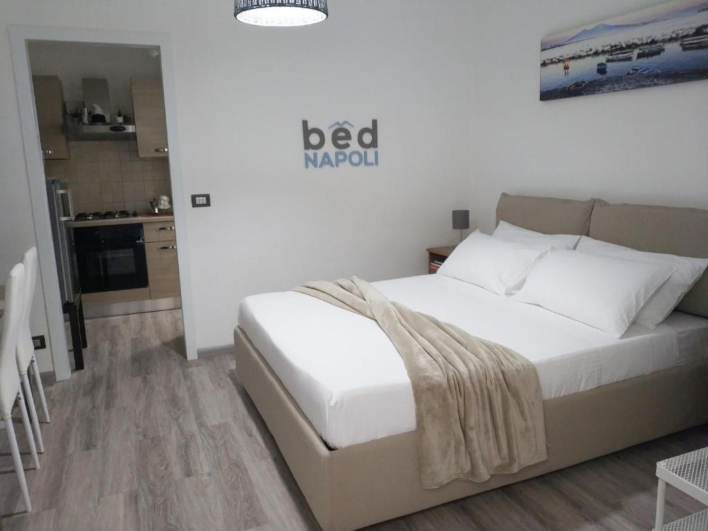 B B Chambres D Hotes Bed Napoli Italie Naples Booking Com