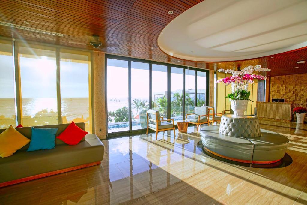 Marina Bay Vung Tau Resort & Spa