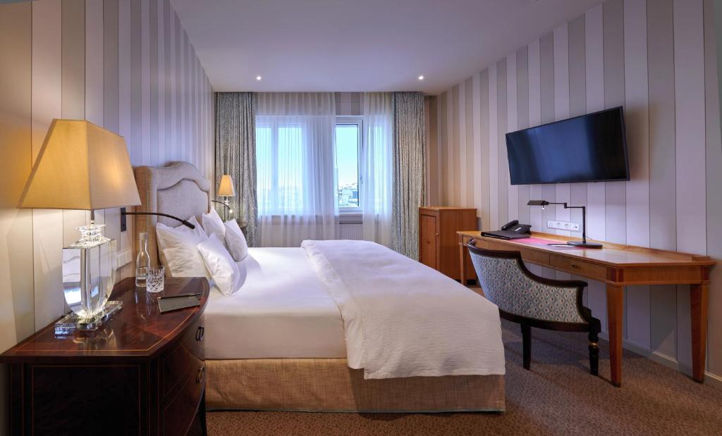 افضل فنادق فرانكفورت فندق غراند هيسيشر هوف