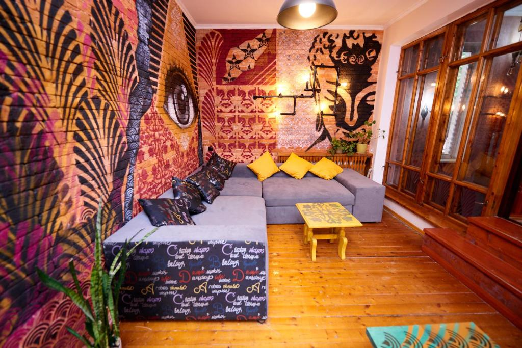 A seating area at Wanderlust Hostel