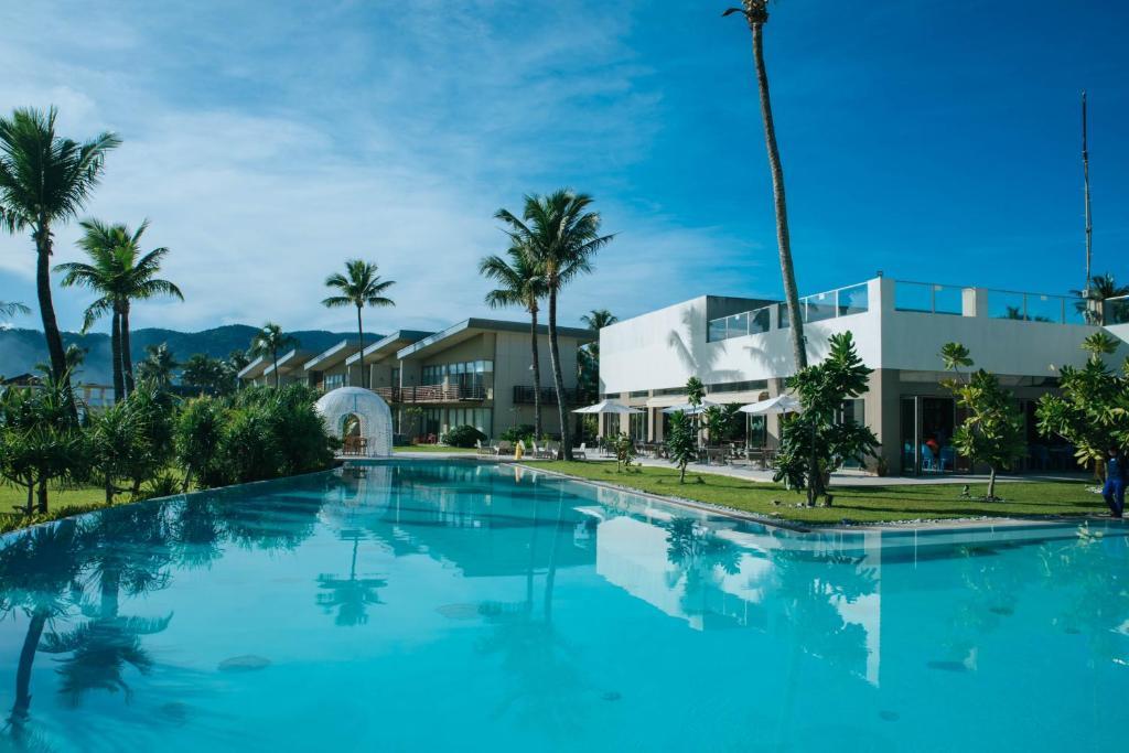 Swimming pool sa o malapit sa Costa Pacifica Resort