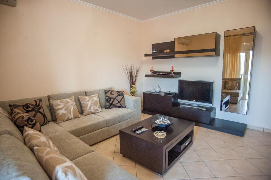Cefallinia Mountain View Third Floor Apartment Khelmata Greece
