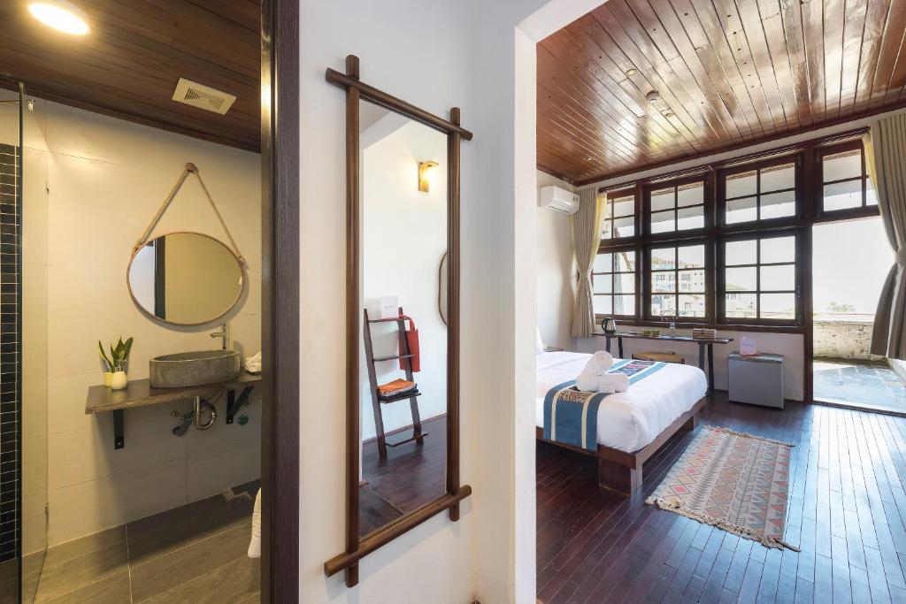 Phòng Giường Đôi Có Ban Công