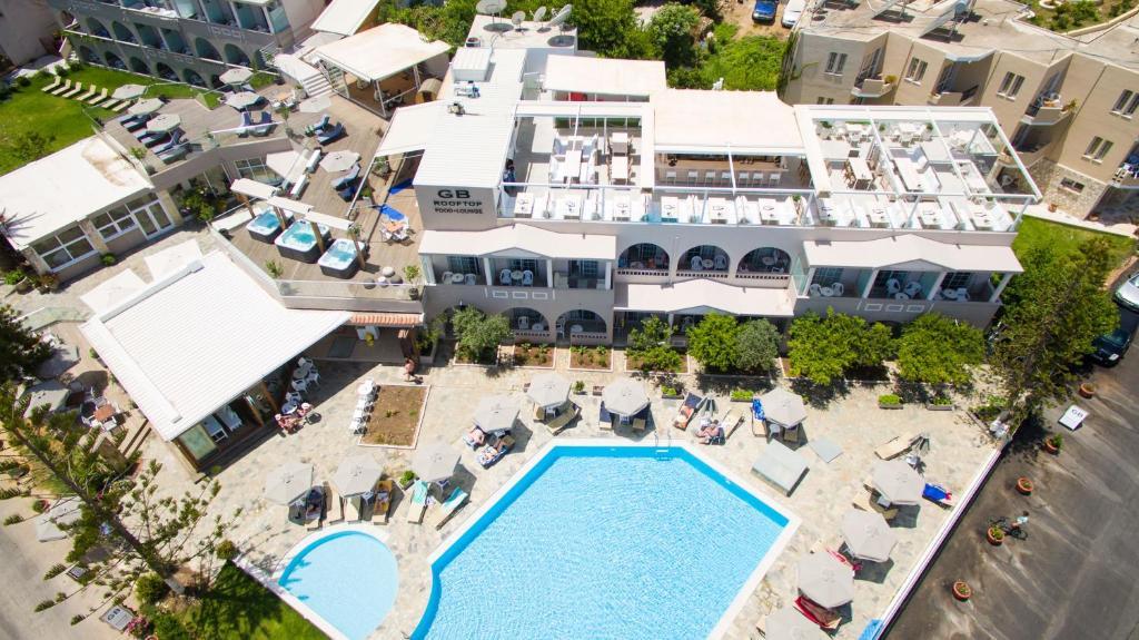 Θέα της πισίνας από το Georgioupolis Beach Hotel ή από εκεί κοντά