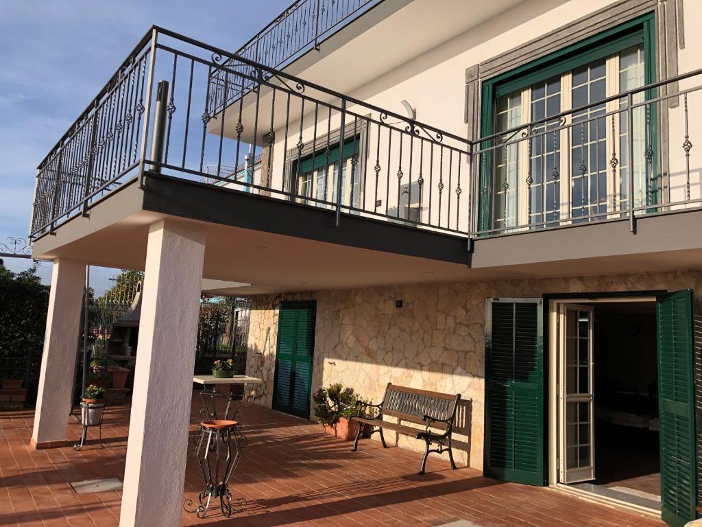 Apartment Terrazza Flegrea Pozzuoli Italy Booking Com