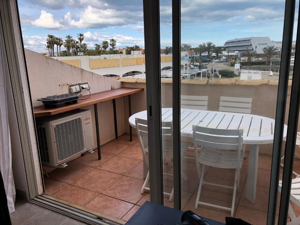 Abri Veranda Pour Spa résidence port soleil b453, cap d'agde, prancis - booking