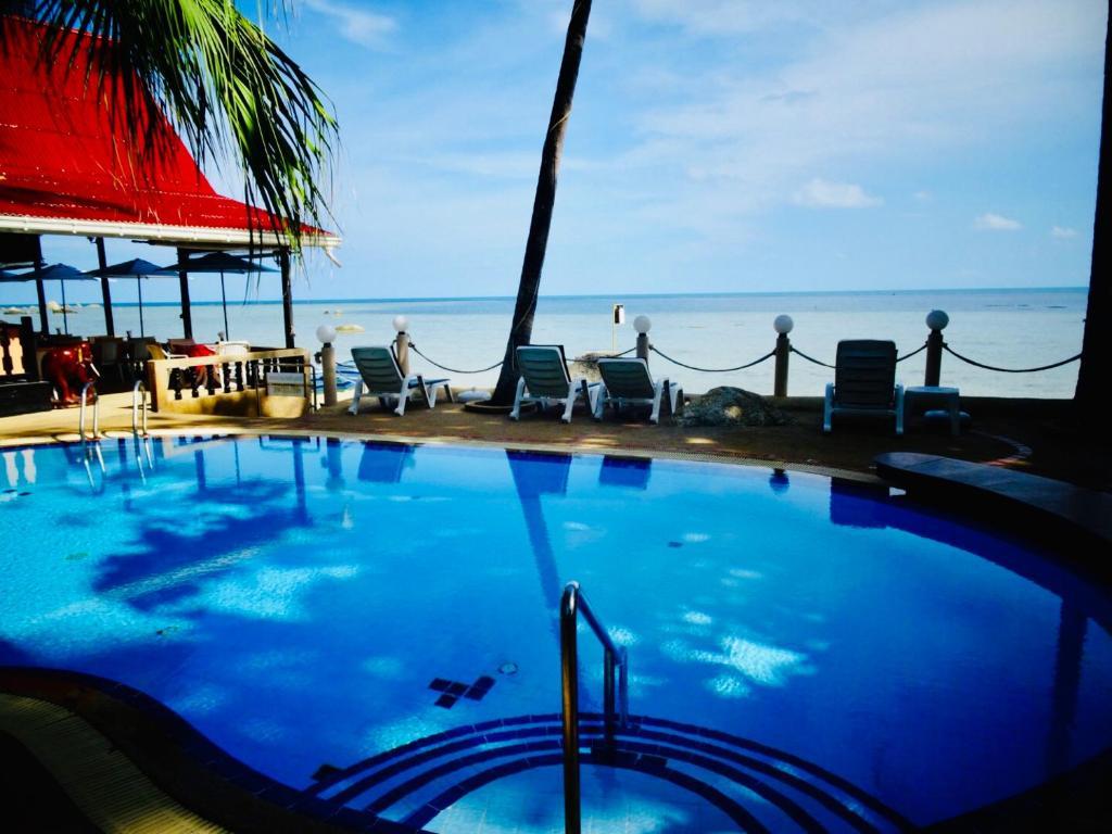 Der Swimmingpool an oder in der Nähe von Starbay Samui