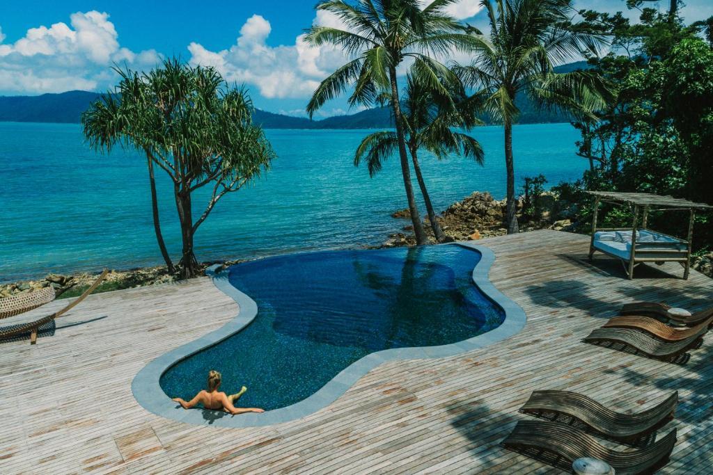 Resort Elysian Retreat Long Island Australia Booking Com