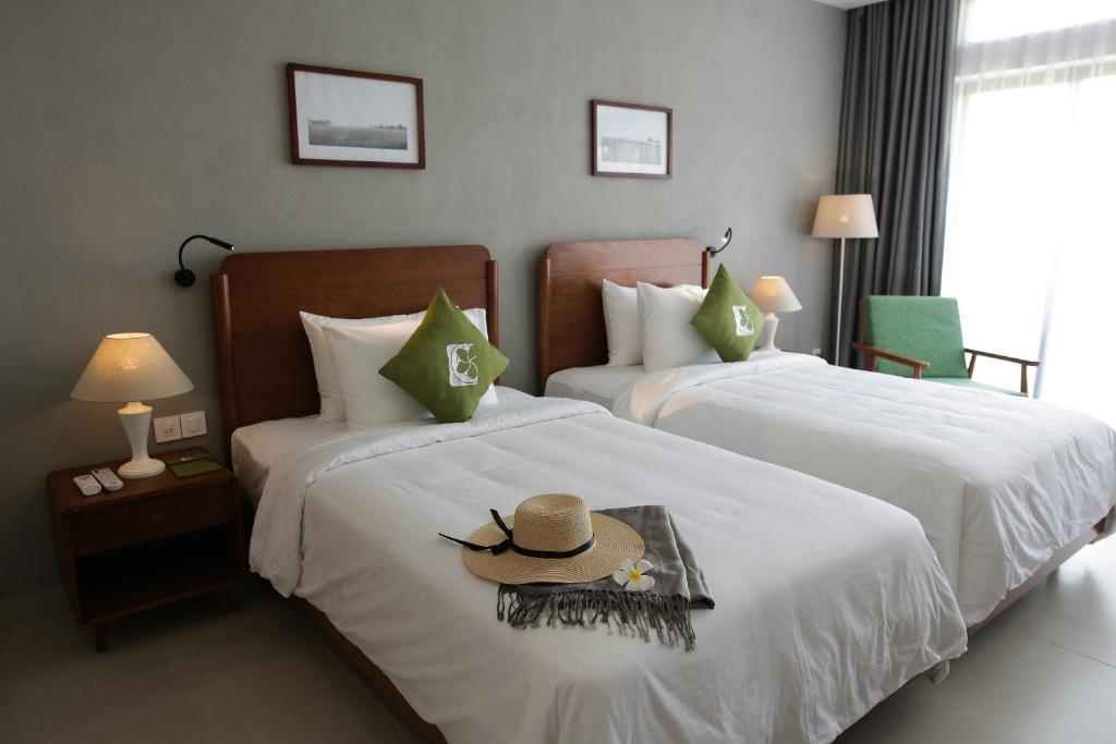 Phòng Deluxe Giường Đôi/2 Giường Đơn Nhìn Ra Cánh Đồng Lúa Có Ban Công