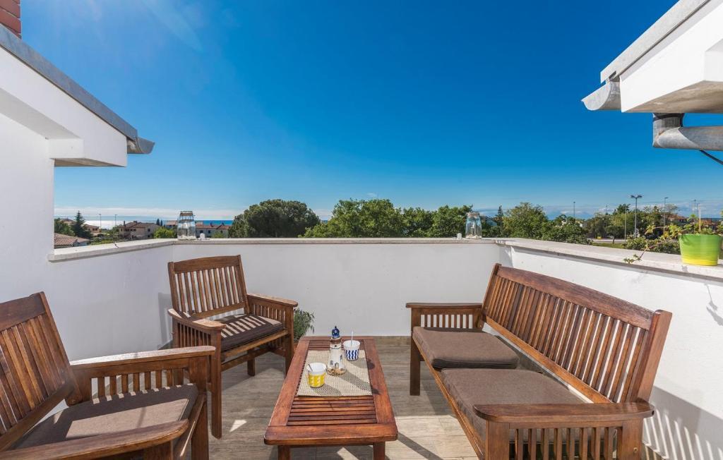 Apartment Ana with Roof Terrace, Poreč, Croatia - Booking.com