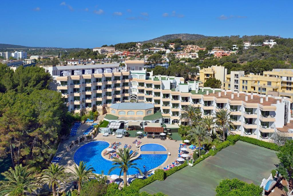 A bird's-eye view of Sol Lunamar Apartamentos - Adults Only