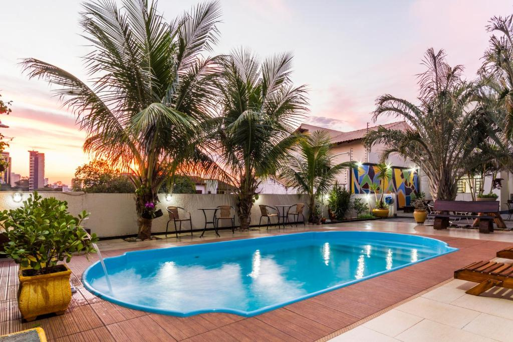 The swimming pool at or near Hotel Holiday