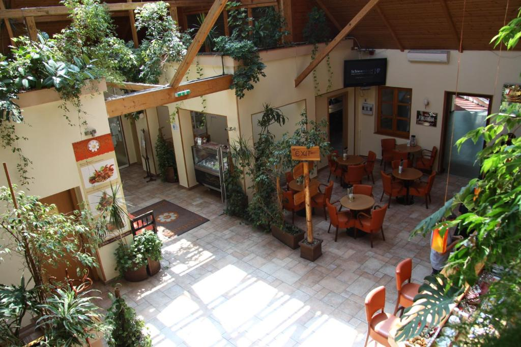 Gastland M0 Hotel & Restaurant