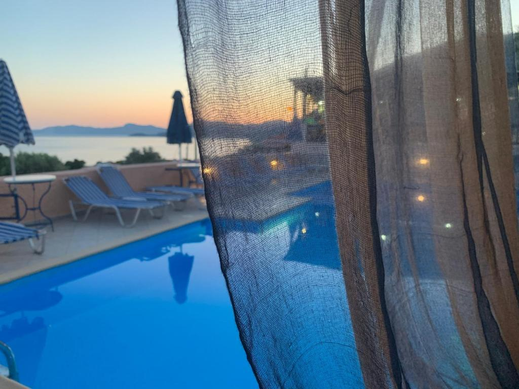Het zwembad bij of vlak bij Panorama Apartments