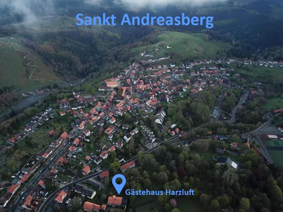 Blick auf Gästehaus Harzluft / Gruppenferienhaus aus der Vogelperspektive