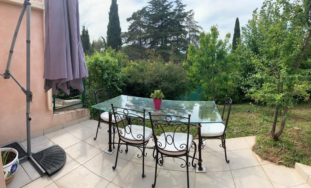 Apartment Boost Your Immo T3 Jardin Terrain de Pétanque ...