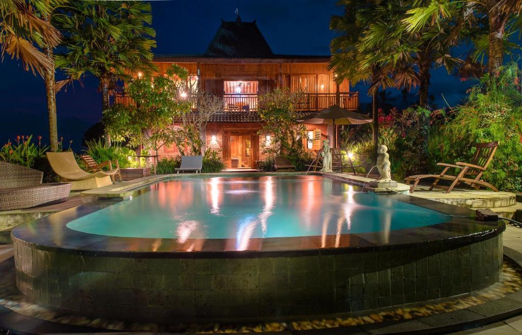 The swimming pool at or near Ti Amo Bali