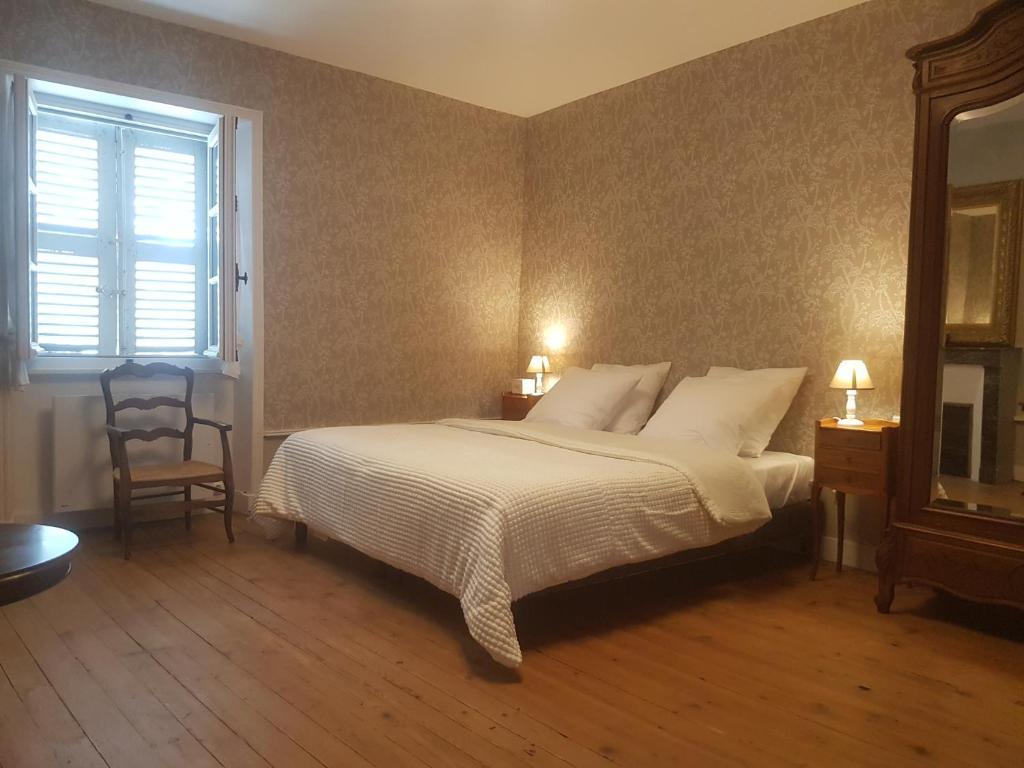 Homestay La Chambre De Leon Pont Du Chateau France Booking Com