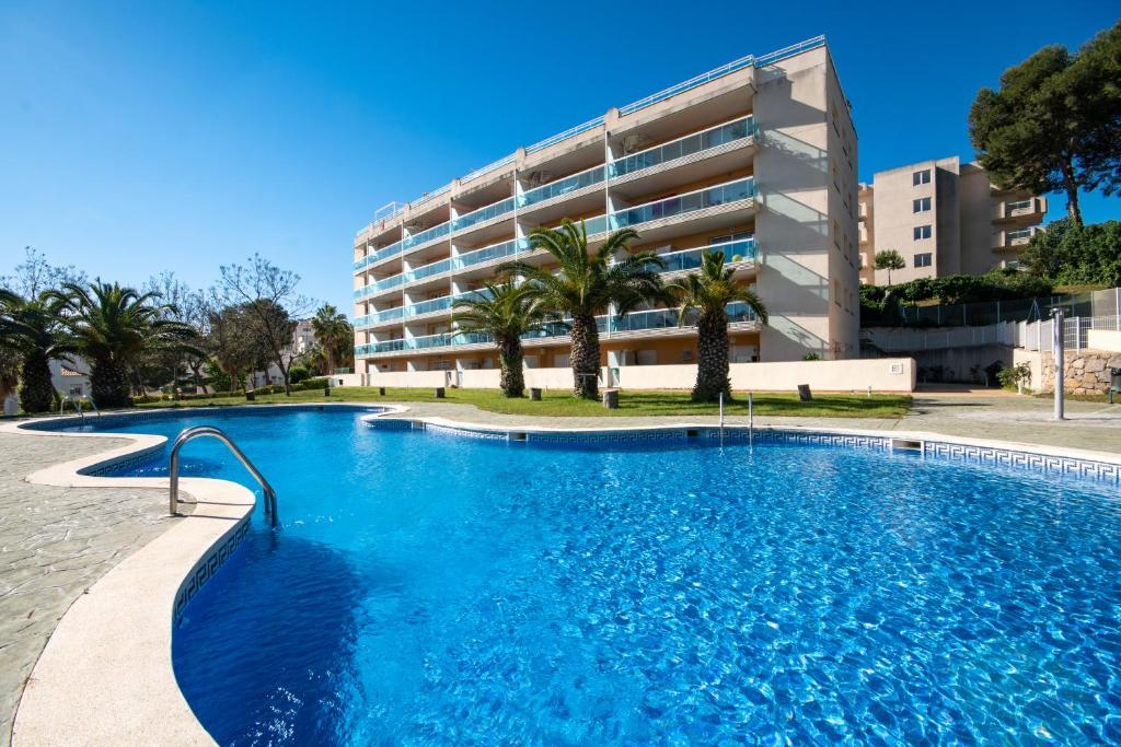 Apartment Ibersol Siesta Dorada, Salou, Spain - Booking.com