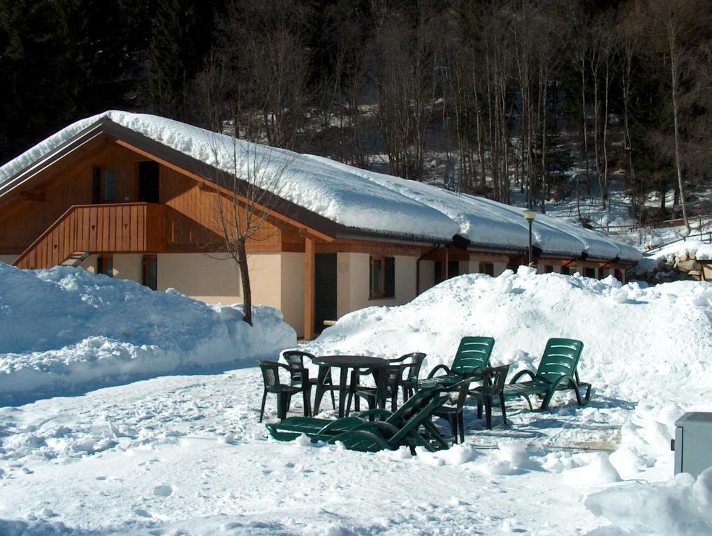 Chalet Presanella durante l'inverno