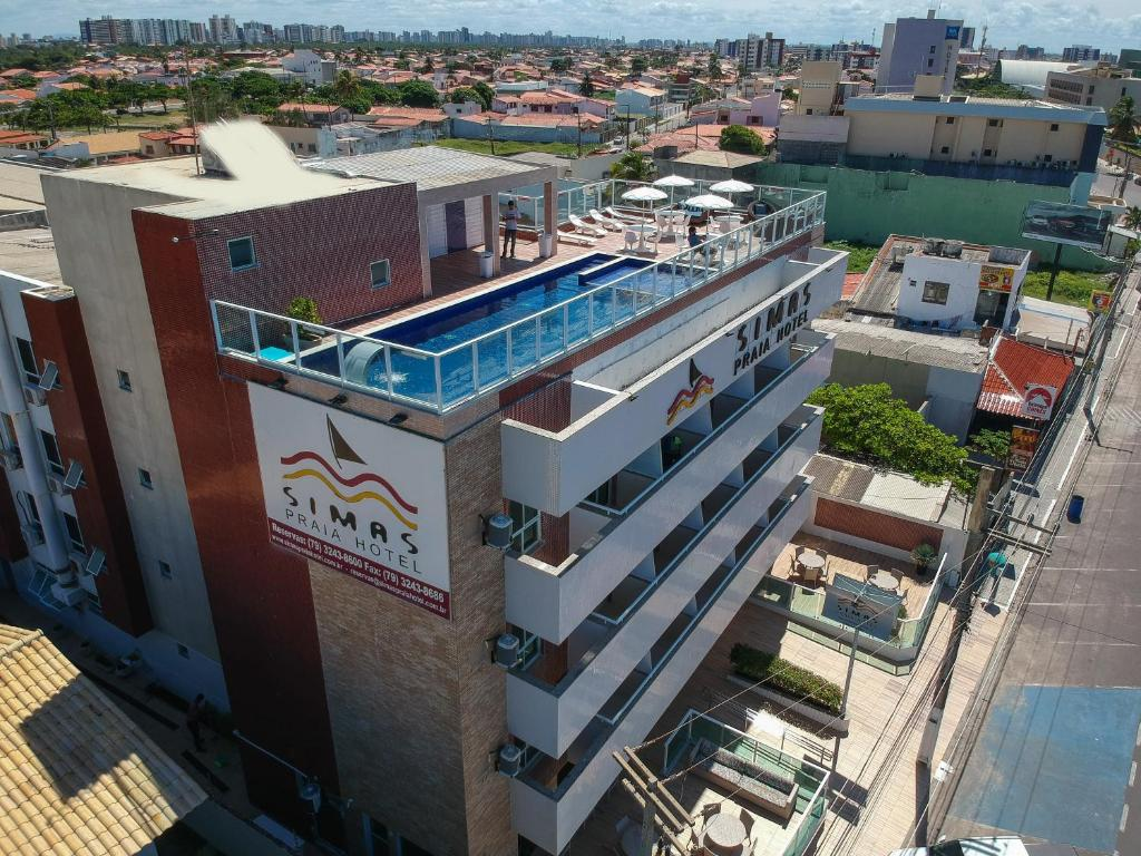 A bird's-eye view of Simas Praia Hotel