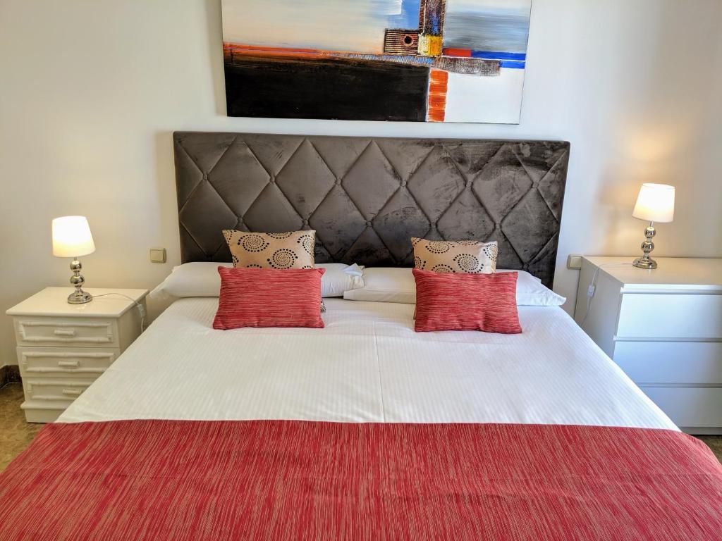 Cama o camas de una habitación en Marques de Salamanca apartment