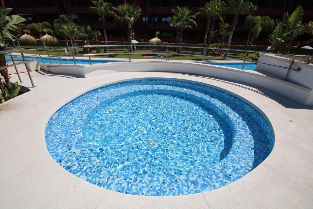 Piscina Con Jacuzzi.Atico Playa Granada Golf Piscina Con Jacuzzi Motrilis