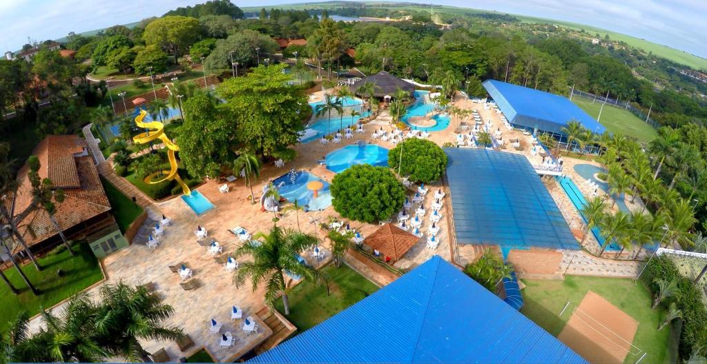 Uma vista aérea de Hotel Estância Barra Bonita