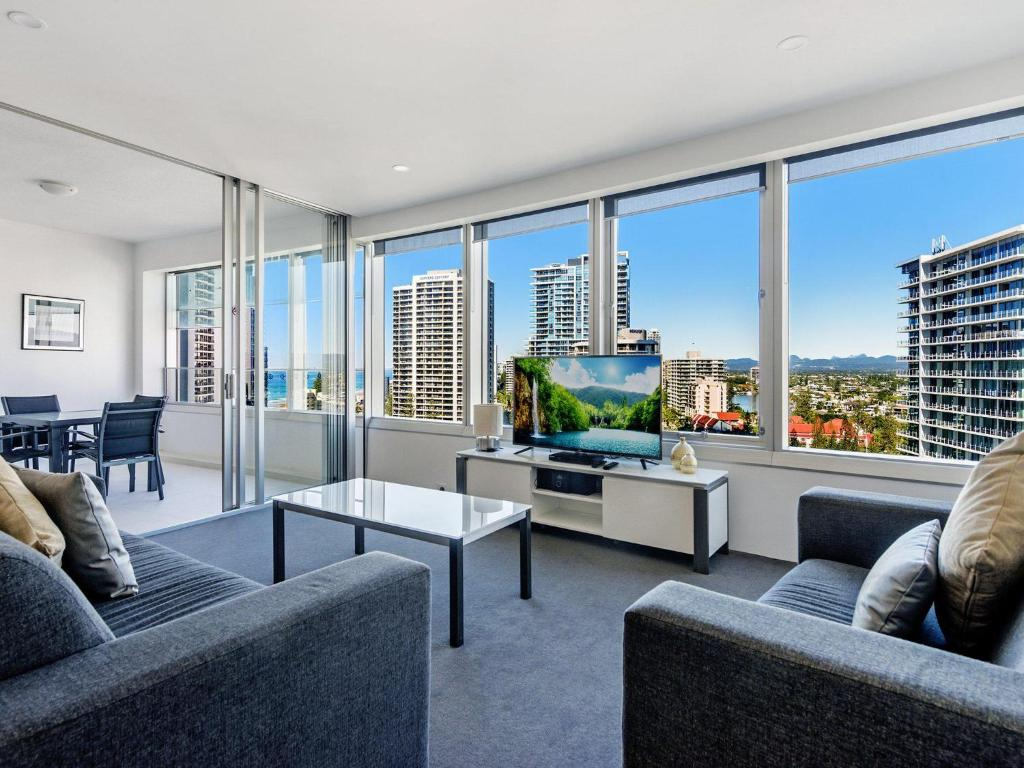 A seating area at Iconic Q Surfers Paradise 1 Bedroom