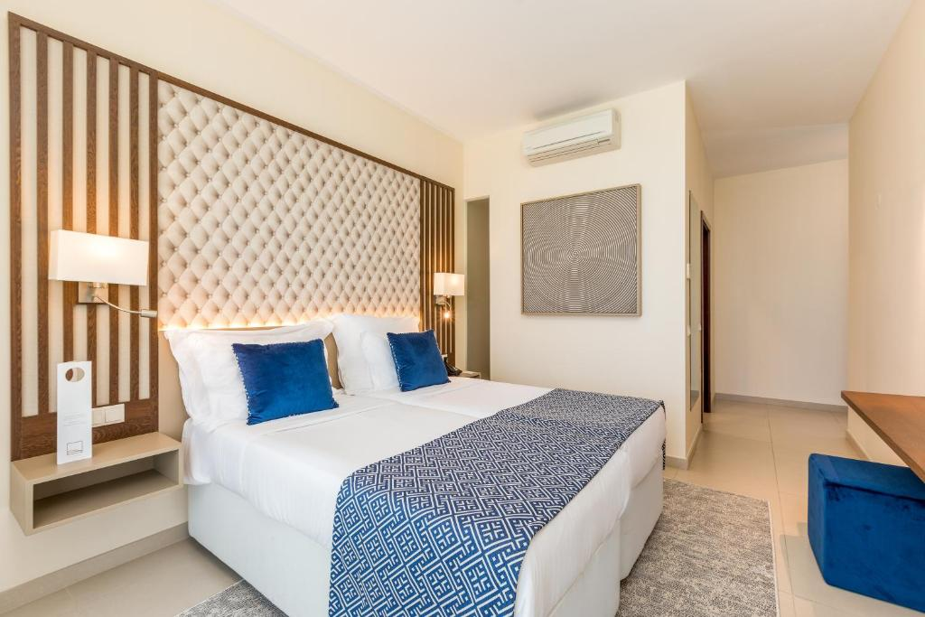 Hotel Salgados Dunas Suites (Portugal Albufeira) - Booking.com
