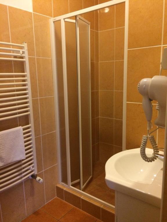 هتل Hét Vezér Apartmanhotel