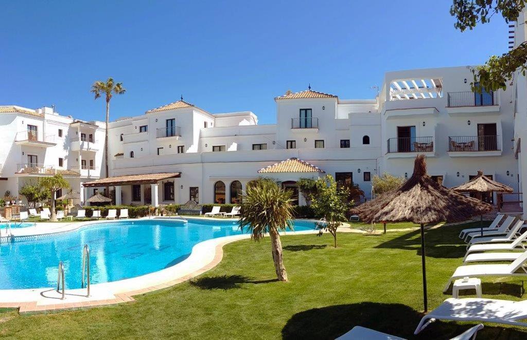 Hotel Doña Lola Zahara 1