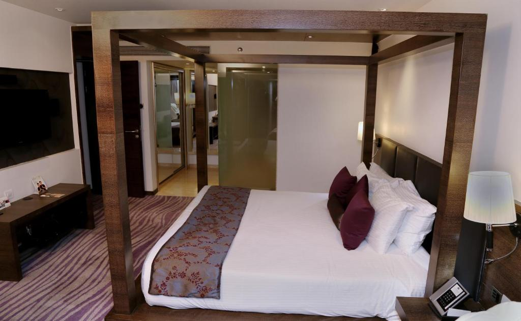 Country Inn Radisson Navi Mumbai India Bookingcom