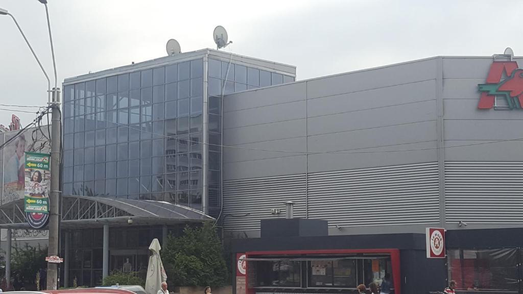Central Metrou Vitan Auchan Stadionul Olimpia Apolo Club
