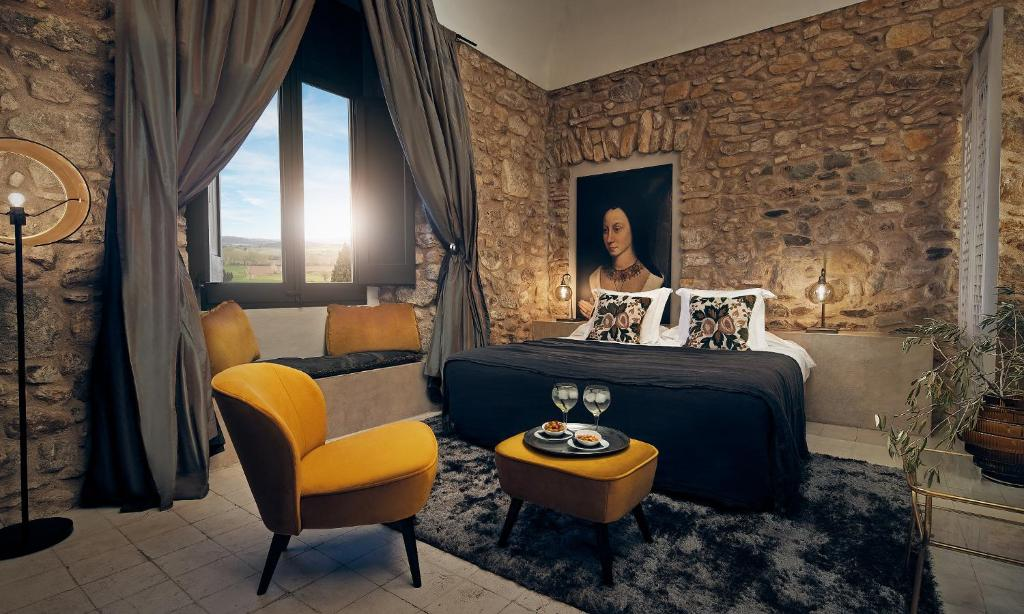 boutique hotels la bisbal  19