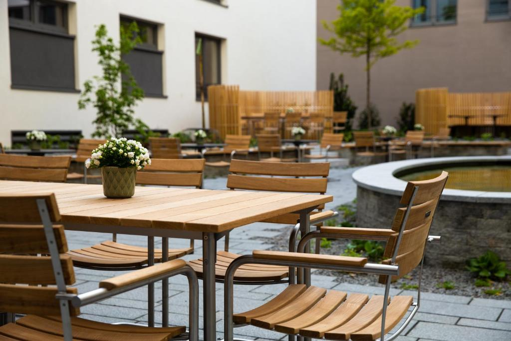 Hilton Garden Inn Mannheim Germany Booking Com