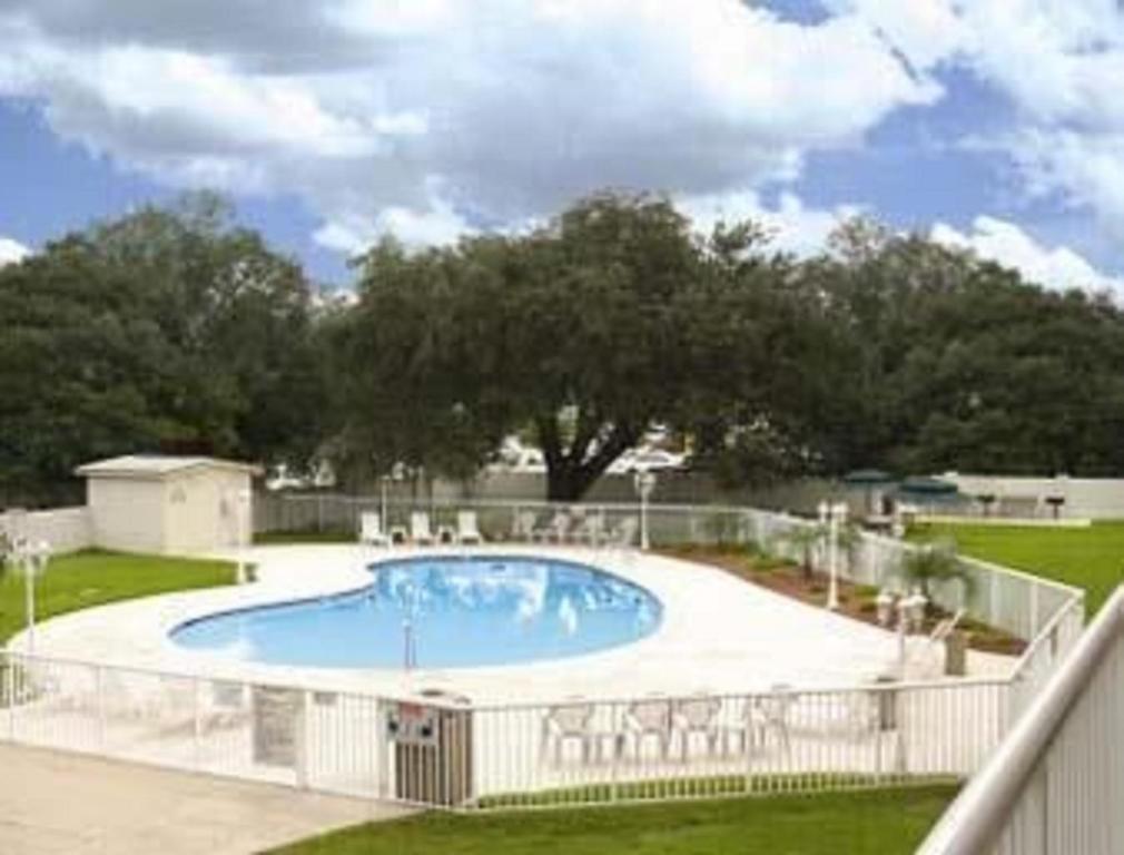 Ramada - Jacksonville Camp Lejeune