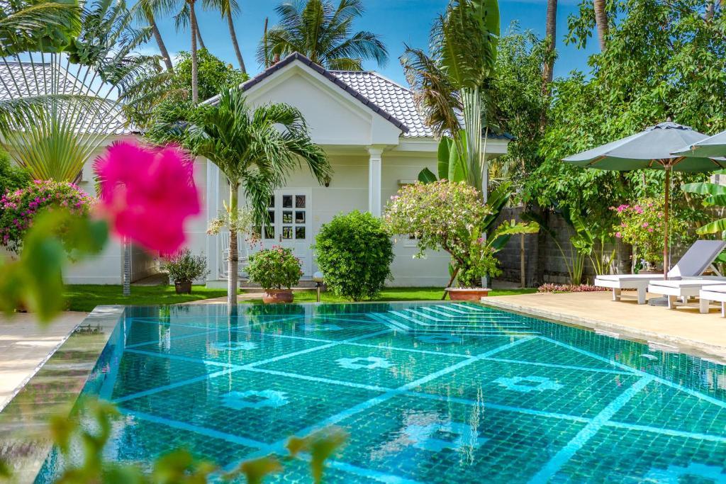 Fleur De Vie Bungalows Mui Ne Vietnam Bookingcom